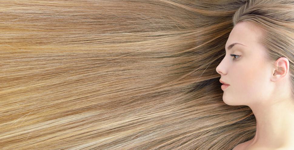Le masque pour les cheveux avec les huiles et medam